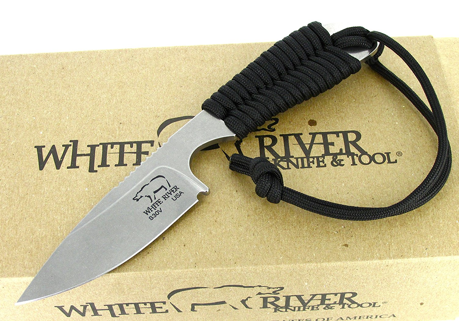 White River Knife & Tool Backpacker Hunting Knife Black Paracord Handle WRBP-BL